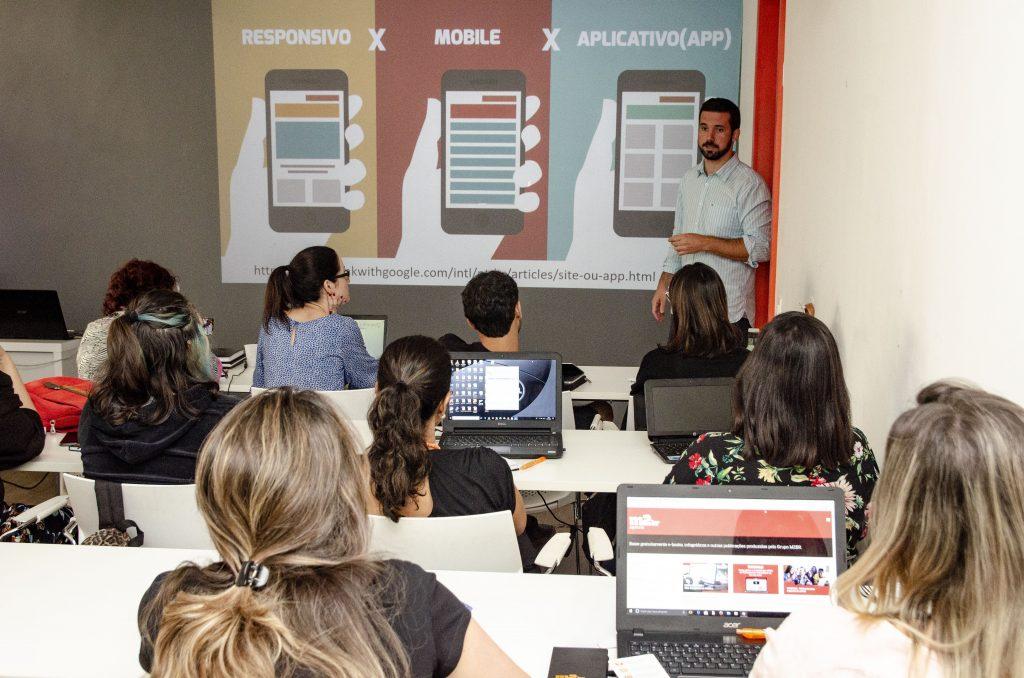 Como começar a estudar marketing digital